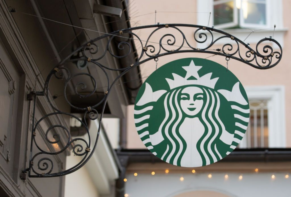 Starbucks Open on Christmas Day in 2019