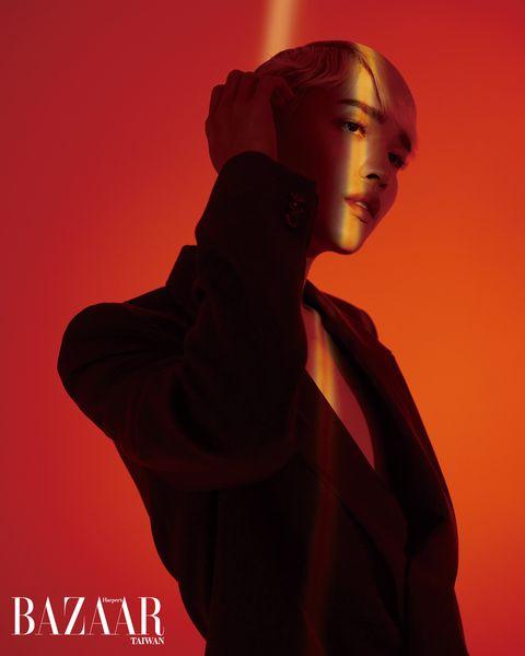 【bazaar 30】國際美人鍾明軒重新定義美的新面貌「我的fashion icon就是我自己!」