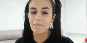 Lola Ortiz, de MYHYV, confiesa su pasado de malos tratos en MTMad