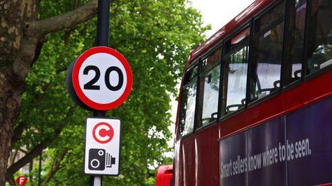 Transport, Traffic sign, Sign, Street sign, Signage, Mode of transport, Motor vehicle, Vehicle, Lane, Public transport,