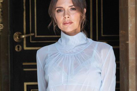 I look di Victoria Beckham della nuova collezione alla London ... d50c8b62e18