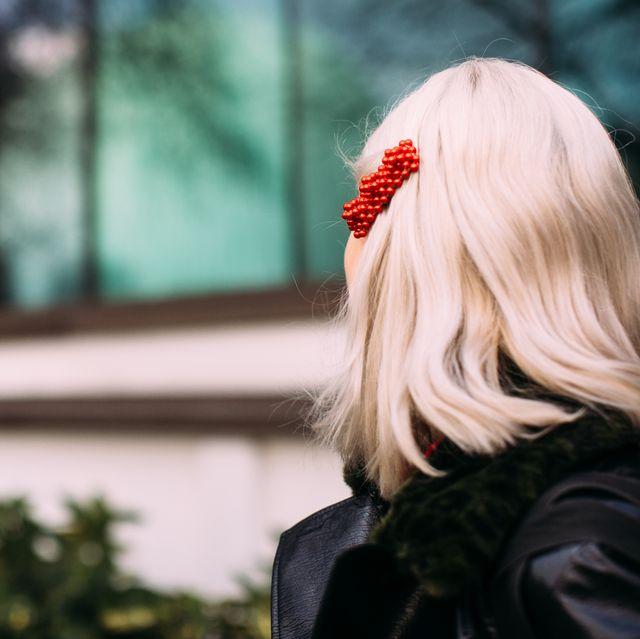 Hair, Blond, Red, Hairstyle, Street fashion, Beauty, Lip, Long hair, Snapshot, Fashion,