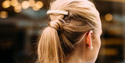 Hair, Hairstyle, Shoulder, Long hair, Blond, Beauty, Ear, Street fashion, Brown hair, Fashion,