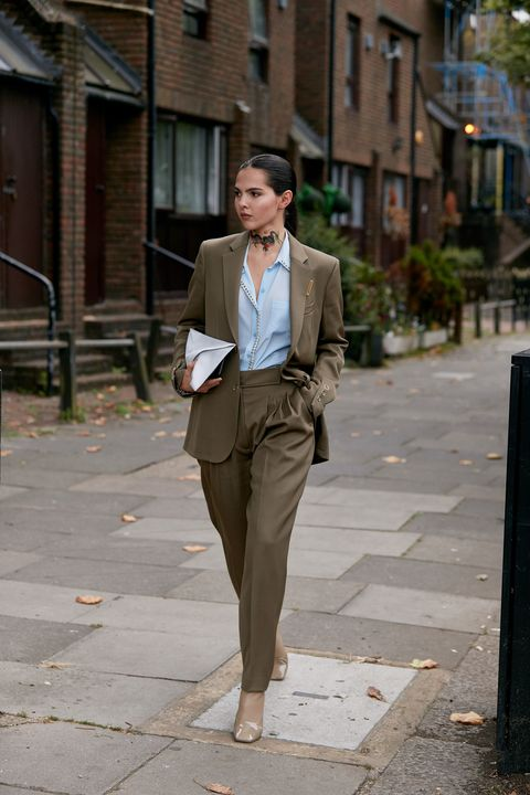 Suit, Clothing, Photograph, Street fashion, Blazer, Fashion, Snapshot, Formal wear, Standing, Brown,
