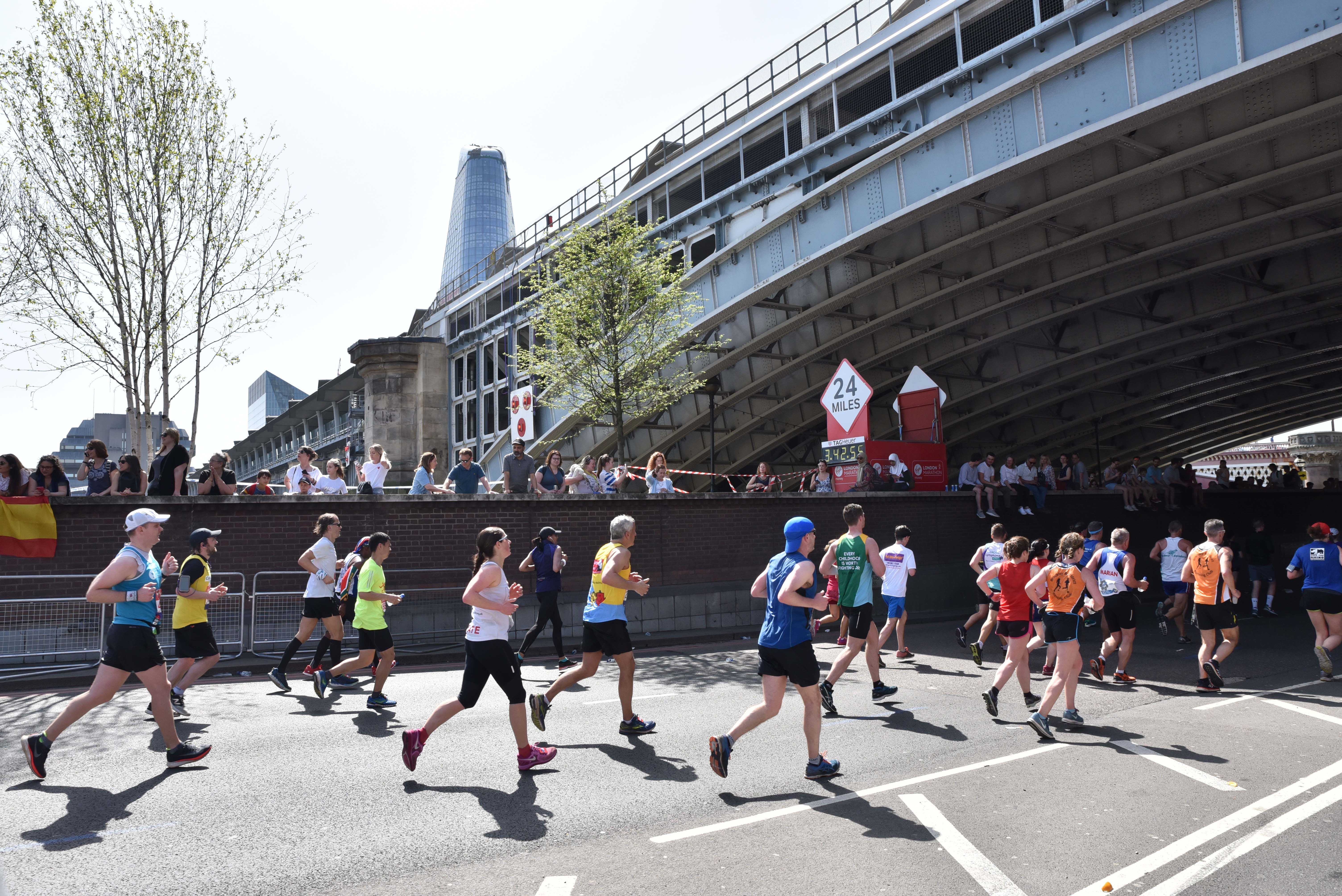 What can we learn from last year's London Marathon training stats?