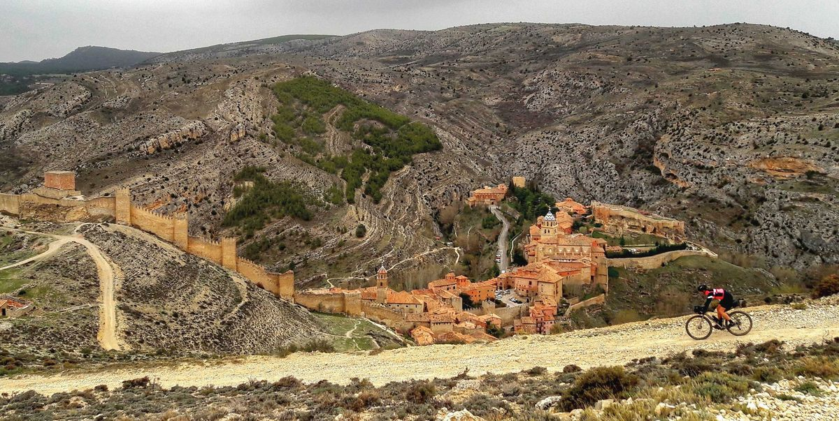 """Spain's """"Empty Mountains"""" Are the Vacation Destination We're Dreaming of for 2021"""
