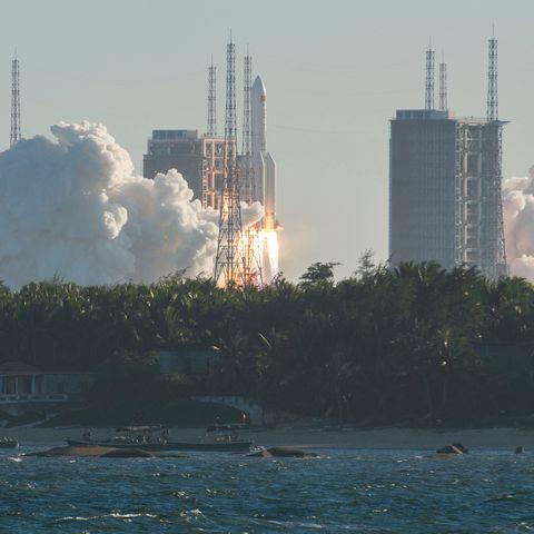topshot china space launch
