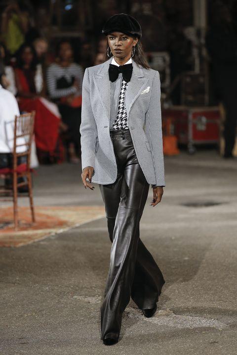 Suit, Fashion, Clothing, Street fashion, Formal wear, Fashion model, Outerwear, Runway, Human, Blazer,
