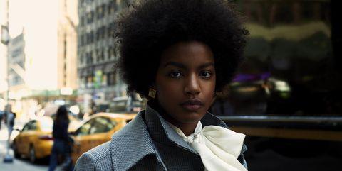 Hair, Hairstyle, Fashion, Black hair, Beauty, Afro, Street fashion, Snapshot, Yellow, Suit,