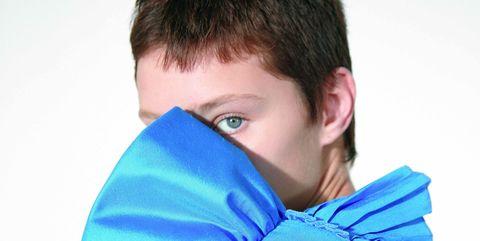Ear, Blue, Hairstyle, Azure, Electric blue, Cobalt blue, Portrait photography, Caesar cut, Crop,
