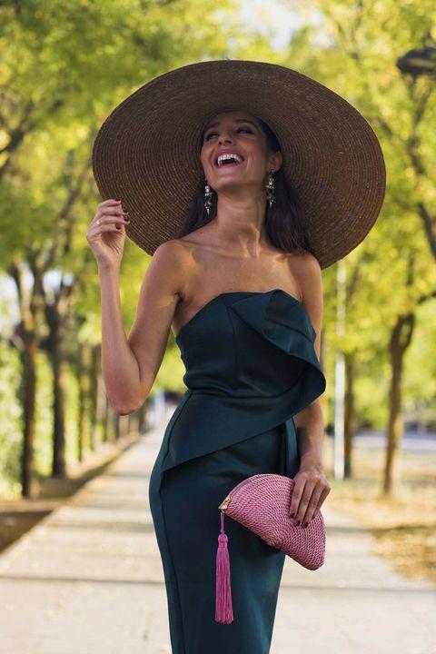 23d13f688 La instagramer española con los mejores looks de invitada de boda