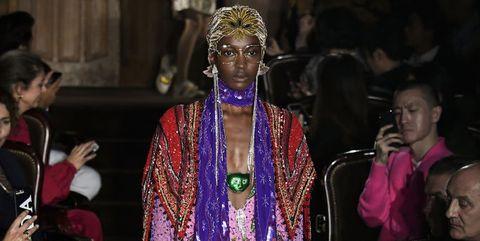 Fashion, Haute couture, Fashion design, Event, Fashion show, Runway, Fun, Dress, Performance, Costume,