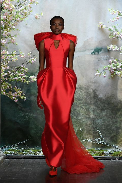 10 Dramatic Red Wedding Dresses How To Wear Red At Your Wedding