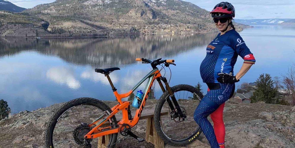 Pro Mountain Biker Sonya Looney Talks Pedaling Through Pregnancy