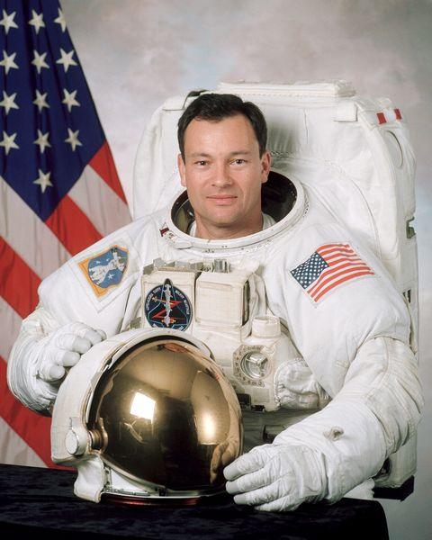 astronaut michael lópez alegría