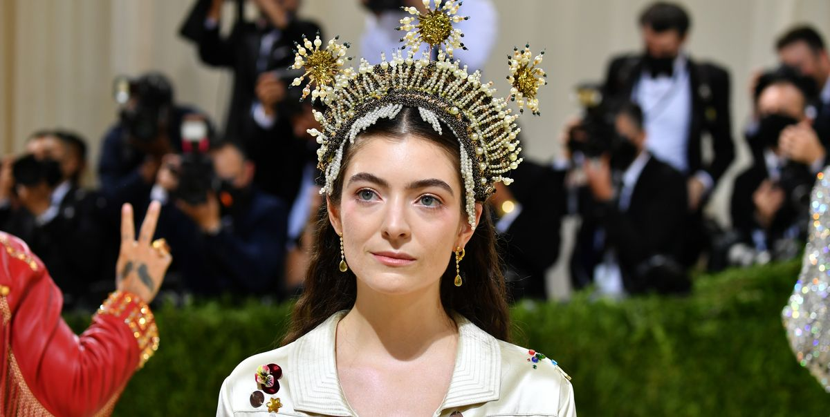 Why Lorde Was the Best Dressed Woman at the 2021 Met Gala - TownandCountrymag.com