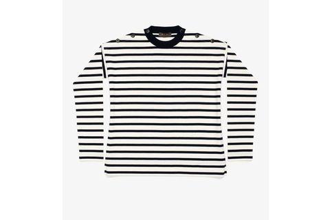 Clothing, Sleeve, Outerwear, Collar, T-shirt, Sweater, Polo shirt, Beige,