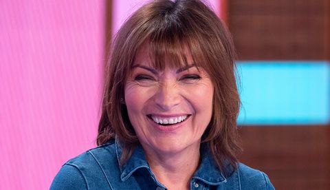 Lorraine Kelly is bringing summer holiday vibes in a £45 Very dress