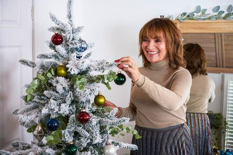 Lorraine Kelly's Christmas Guest Cottage with Wayfair