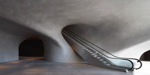 Infrastructure, Wall, Grey, Concrete, Composite material, Space, Snapshot, Silver, Steel,