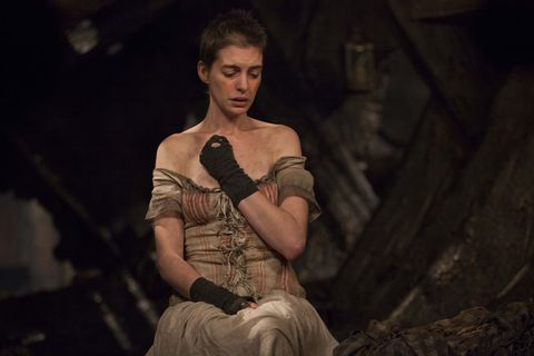 "anne hathaway canta ""i dreamed a dream"" en ""los miserables"""