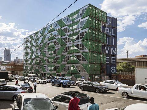 紐約設計團隊lot ek用「長榮貨櫃」 打造140戶住宅drivelines studios