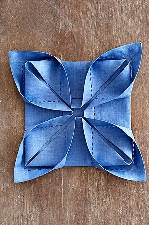 lotus napkin folding ideas