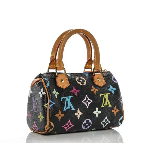 0c96bb568 Kim Kardashian regala bolso Louis Vuitton - El regalo de Navidad de ...