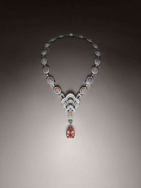 Jewellery, Body jewelry, Fashion accessory, Necklace, Gemstone, Silver, Silver, Diamond, Pendant, Chain,