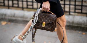 Louis Vuitton tas gespot tijdens Fashion Week.