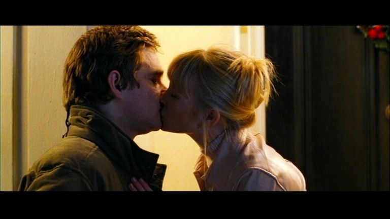 23 Best Movie Kisses - Sexiest Movie Kissing Scenes From -2424