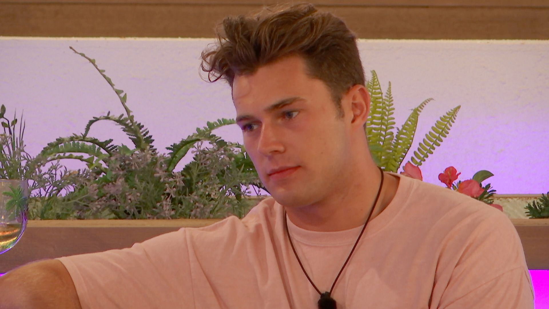 2a3f94e2fa Love Island star Curtis Pritchard's habit is making fans uncomfortable.