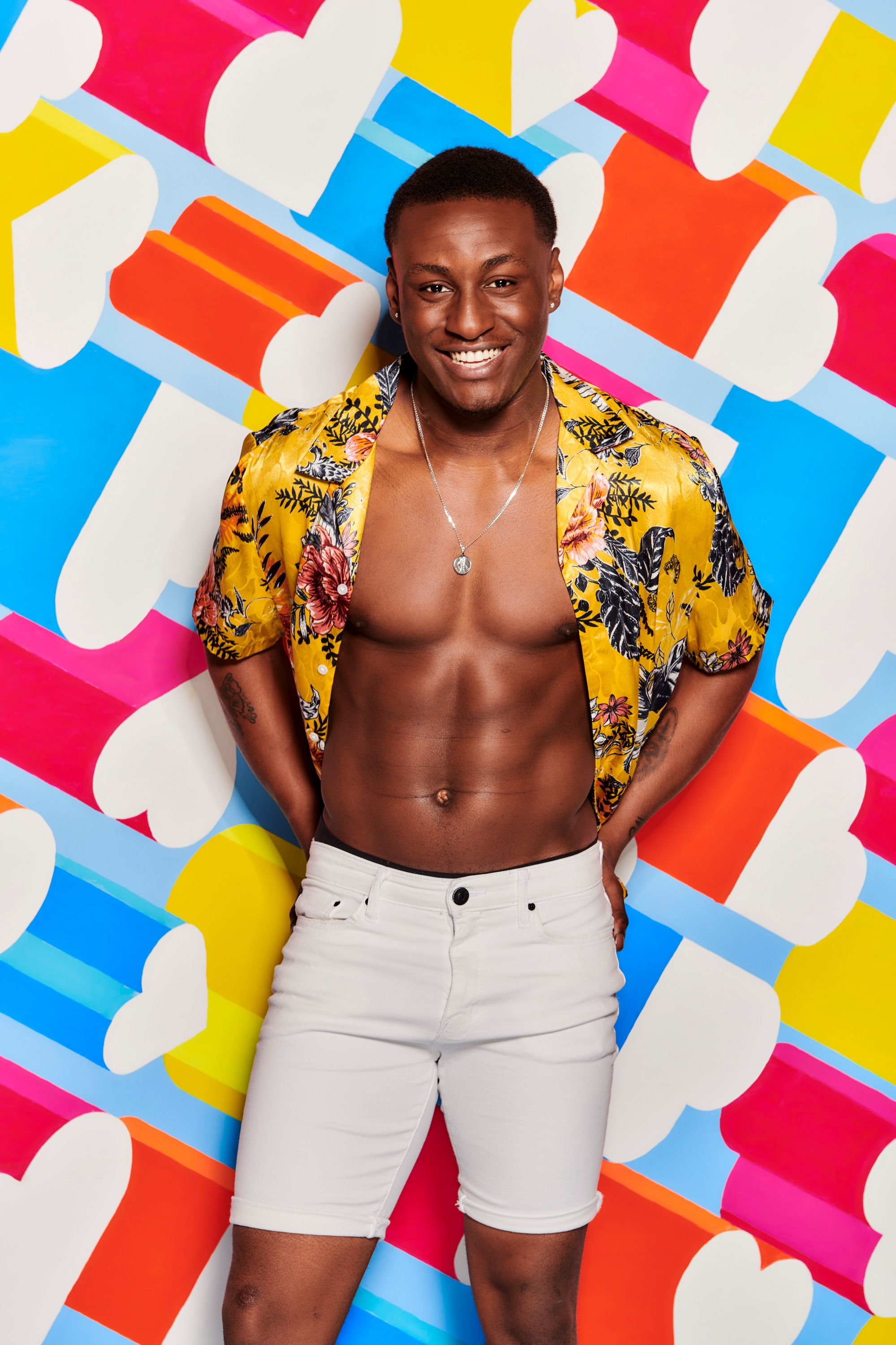 bba8881c26f1 Love Island's Sherif Lanre doesn't believe Molly-Mae Hague complained about  kick that caused his exit