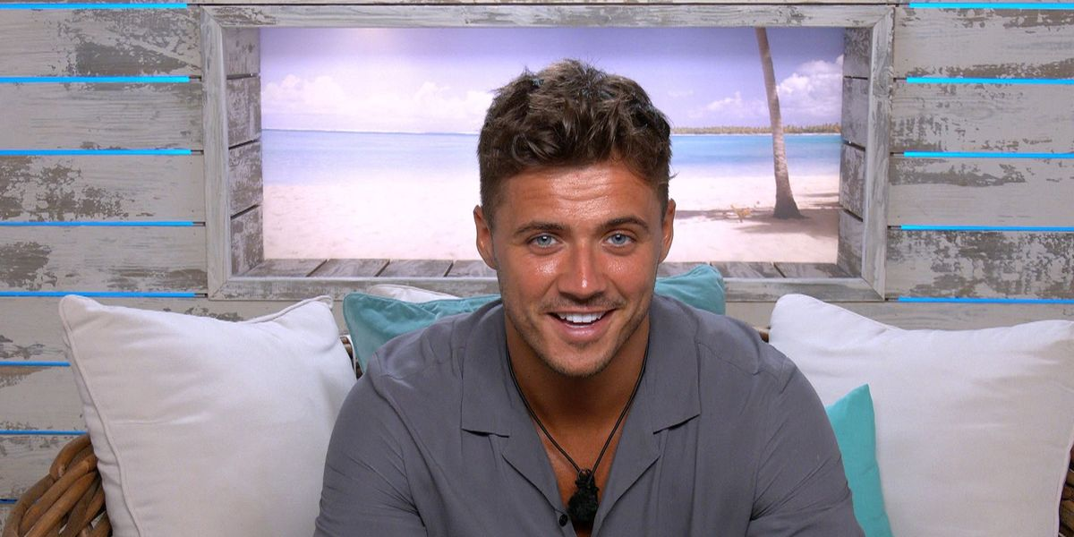 Love Island's Brad responds to awkward reunion second with Laura Whitmore