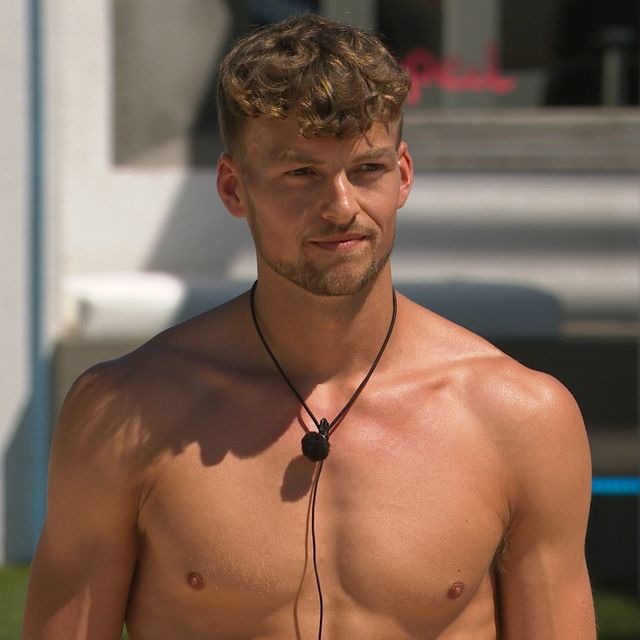 love island's hugo responds to claims he was in the villa for a 'free holiday'