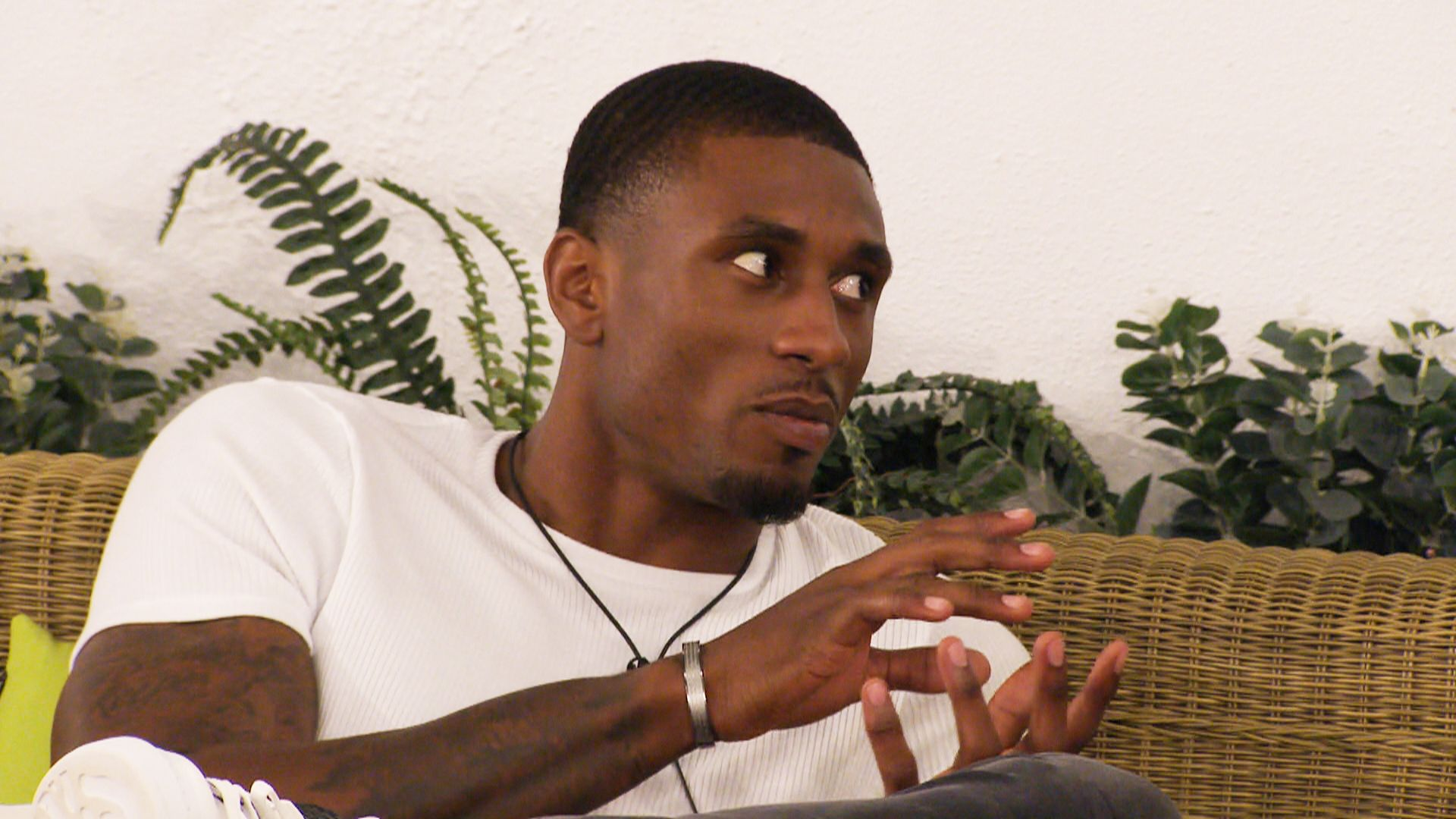 Love Island's Ovie Soko responds to claims he cheated on girlfriend India Reynolds with Maya Jama