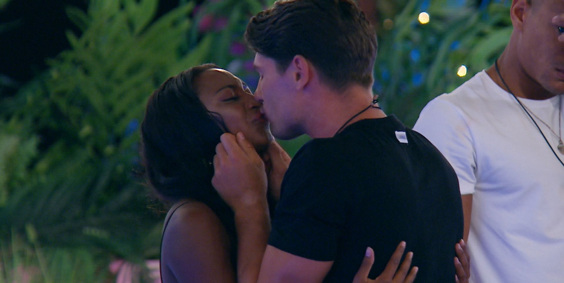 Love Island's Frankie denies cheating on Samira while she was still in the villa