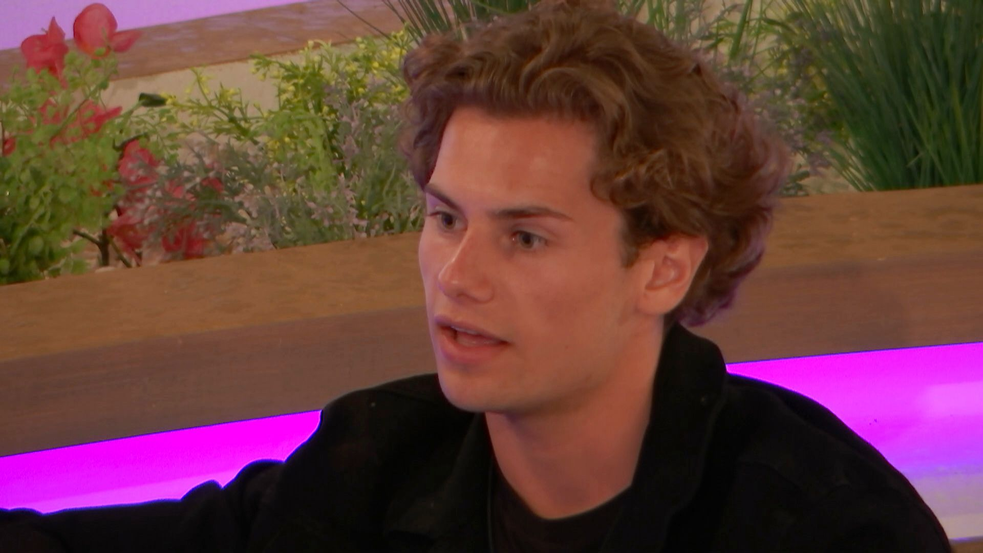 Women's Aid Has Issued a Warning over Joe's Behaviour Towards Lucie on Love Island