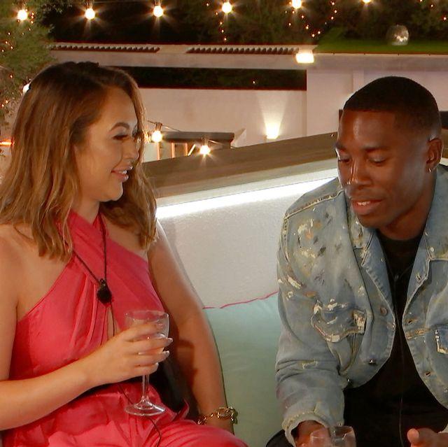 love island's aaron and sharon kiss on tonight's episode