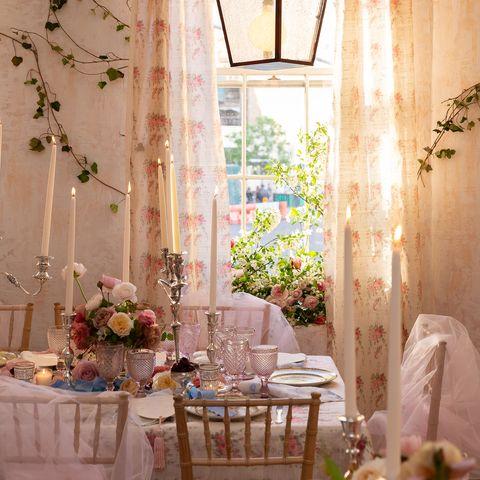 Room, Lighting, Light fixture, Interior design, Chandelier, Curtain, Furniture, Table, Window treatment, Architecture,