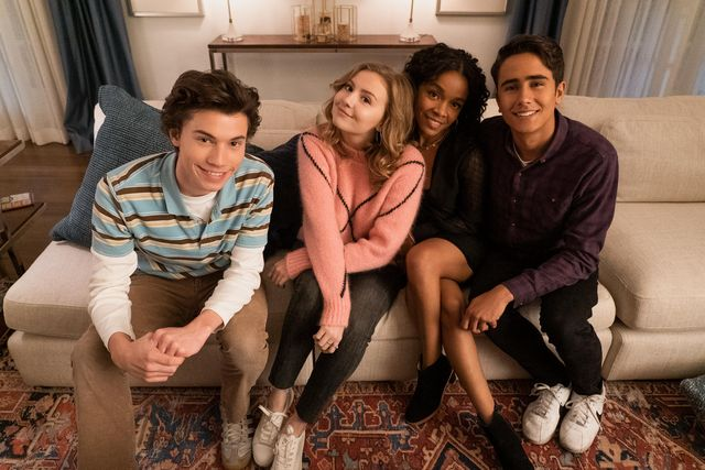 love, victor    creekwood nights   episode 106    victor is nervous when mia says she wants to take their relationship to the next level felix anthony turpel, lake bebe wood, mia rachel hilson and victor michael cimino, shown photo by eric mccandlesshulu