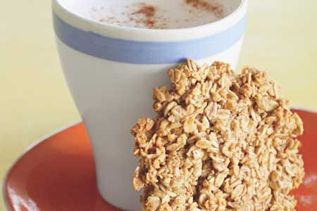 Oatmeal Cookie with Warm Milk
