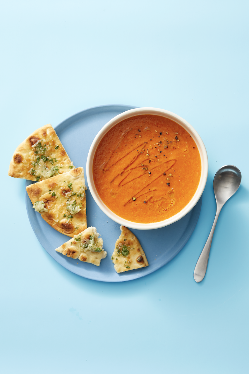 Low Calorie Meals Spiced Fresh Tomato Soup With Sweet and Herby Pitas
