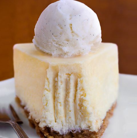 Food, Dish, Frozen dessert, Cuisine, Dessert, Cheesecake, Ingredient, Cream, Vanilla, Baked goods,