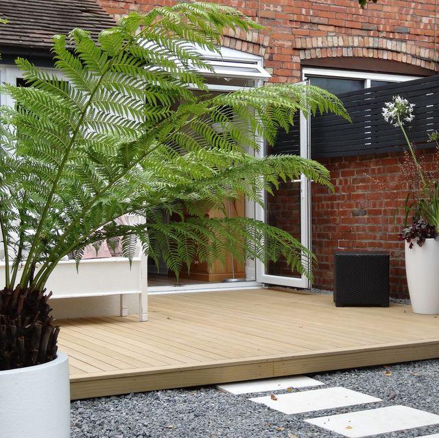 urban garden designed and built by garden house design in west sussex