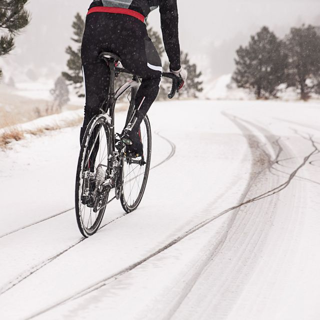10 Expert-Backed Tips for Winter Cycling
