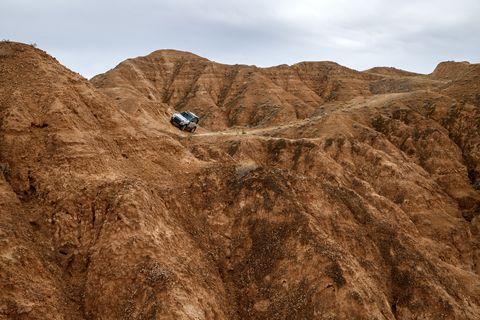 2020 land rover defender 110 overlanding