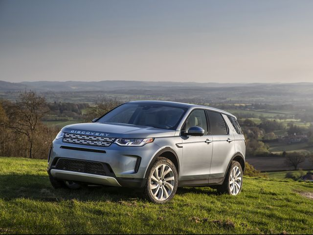 Range Rover Discovery Sport >> 2020 Land Rover Discovery Sport Review Pricing And Specs