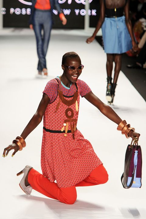 Leg, Joint, Style, Fashion accessory, Waist, Bag, Trunk, Fashion, Thigh, Pattern,