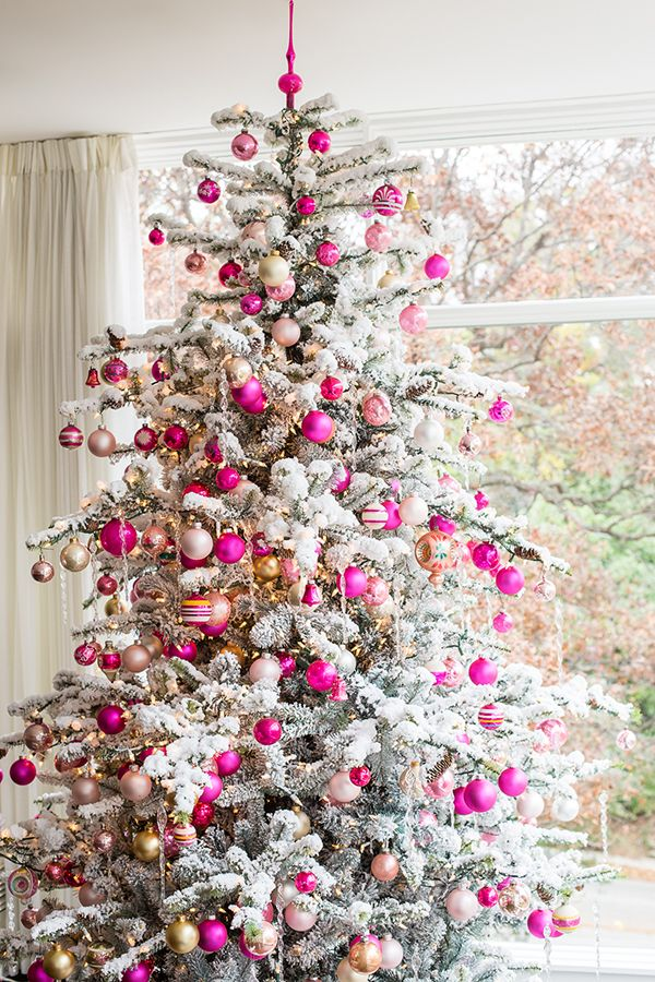 34 unique christmas tree decorations 2018 ideas for decorating your christmas tree - Pics Of Decorated Christmas Trees